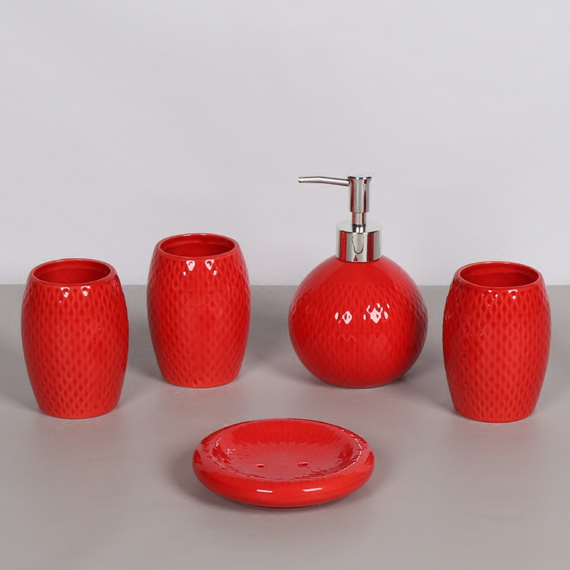 European upscale wedding gift ceramic bathroom five sets of toiletries set red brushing mug bathroom products