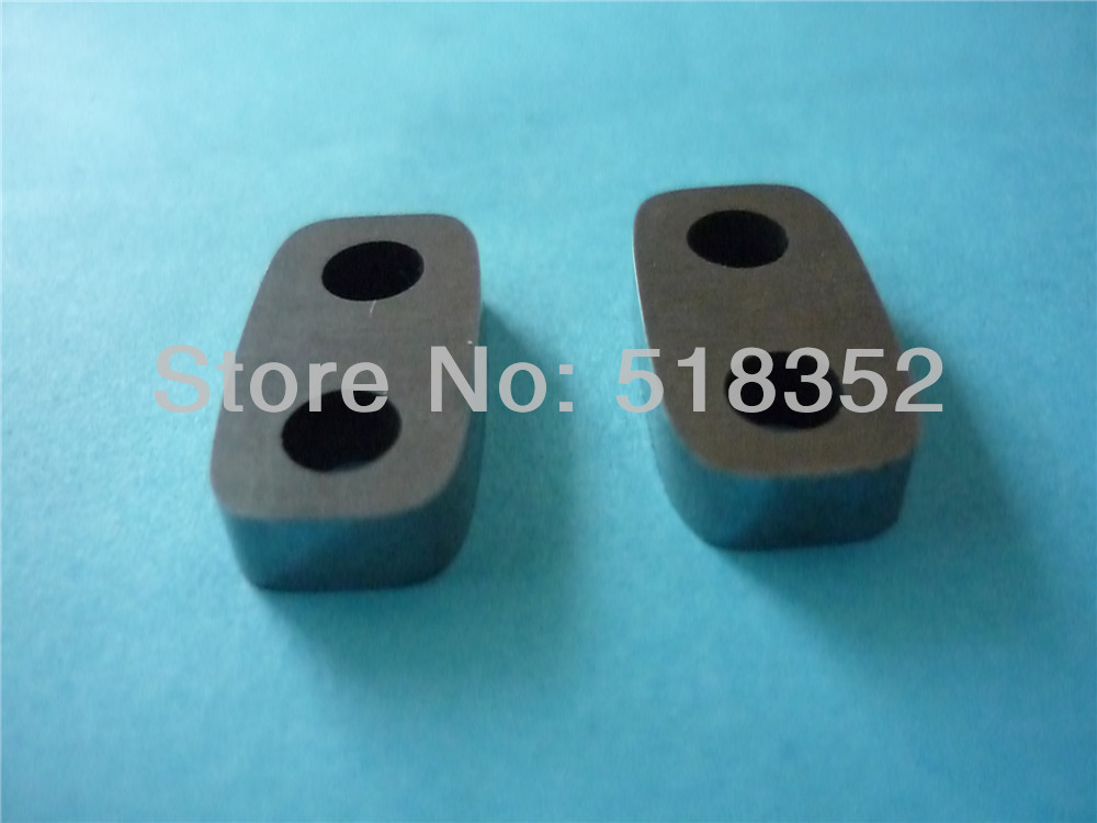 Z248W0100100 or 207830 Makino A002 Upper and Lower Power Feed Contact 4x10x19mm for WEDM-LS Wire Cutting Machine Parts  цены