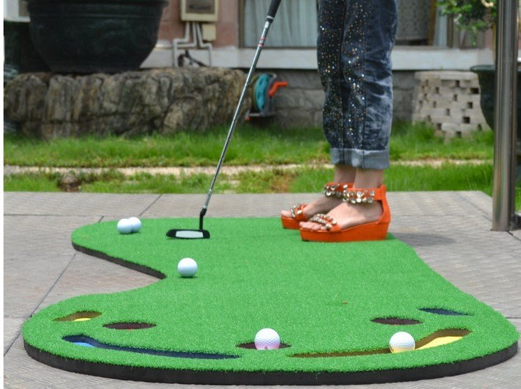 Indoor golf training device golf putting practice device for Interieur sport golf