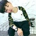 Корейский стиль детские камуфляж Вставки плеча отдыха мальчиков и девочек с длинными рукавами хлопок свитер оказания H895