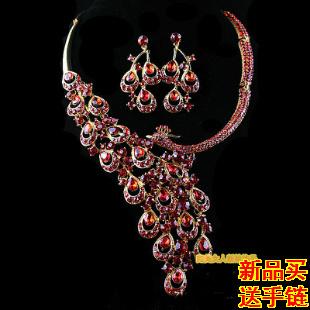 Paquete de accesorios completo nupcial libre de Europa y América estrella roja rhinestone del pendiente del collar conjuntos de joyas de boda de