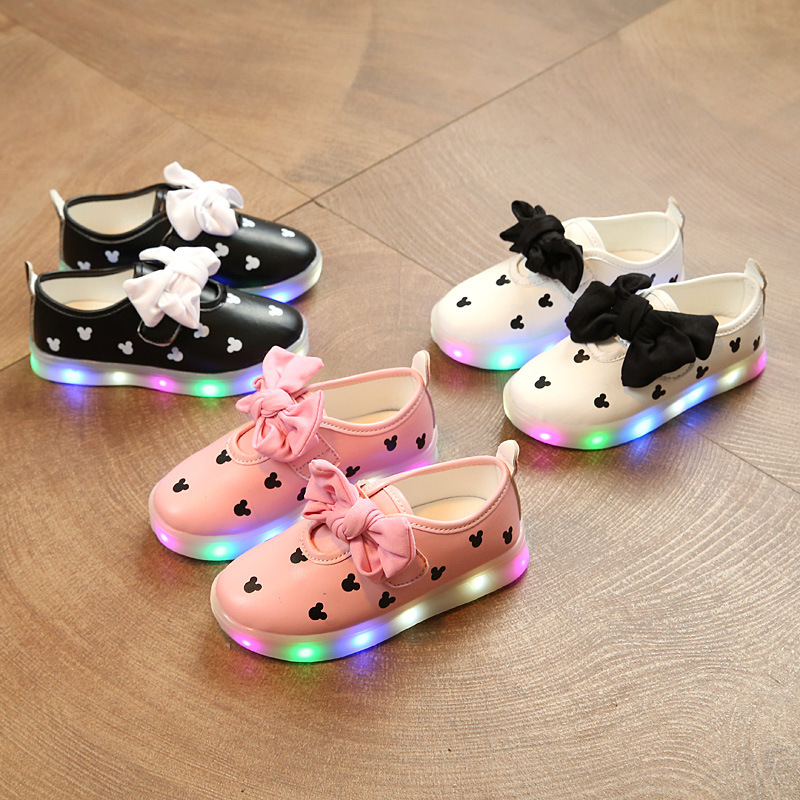 JJOH.E Spring Autumn Girls shoes Led Colorful Light Shoes Bowknot Kids Sneakers Children's Cartoon Mickey Flat Shoes Size26-30