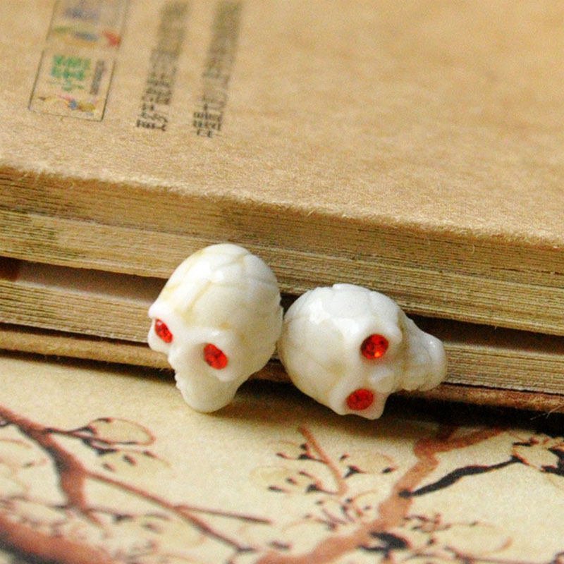 Crystal Skull Stud Earring Women Men Ceramic Earrings Pendientes Rhinestone Zircon Jewelry Ear Piercing Accessories