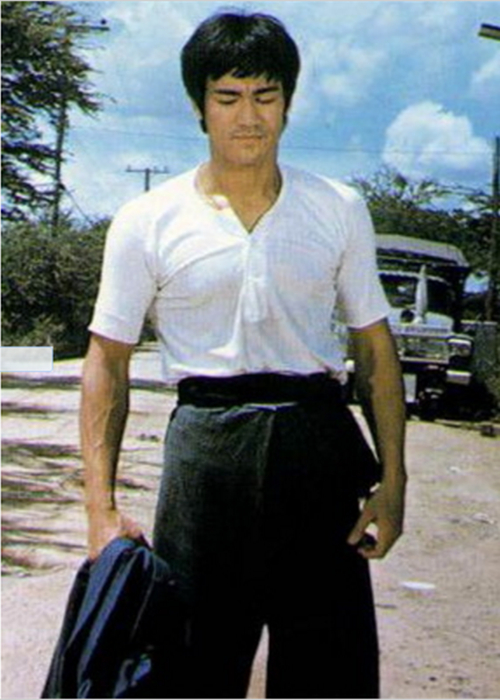 High Quality Classic Bruce Lee Costume Kungfu Uniform Game Of Death Cosplay Costume Bruce Lee O-neck T-shirt SZ S-3XL
