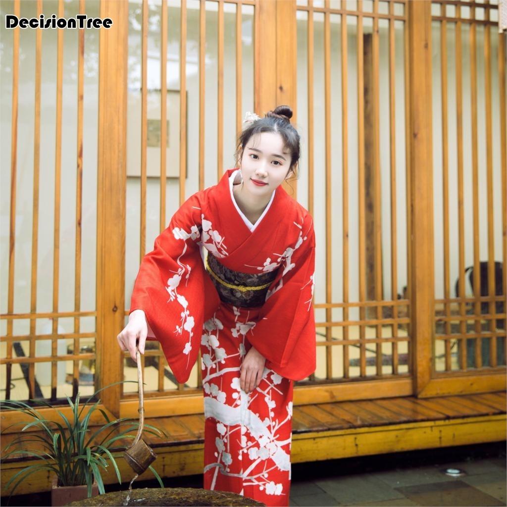 2019 Women's Sexy Sakura Anime Costume Japanese Kimono Costume Vintage Original Tradition Silk Yukata Dress