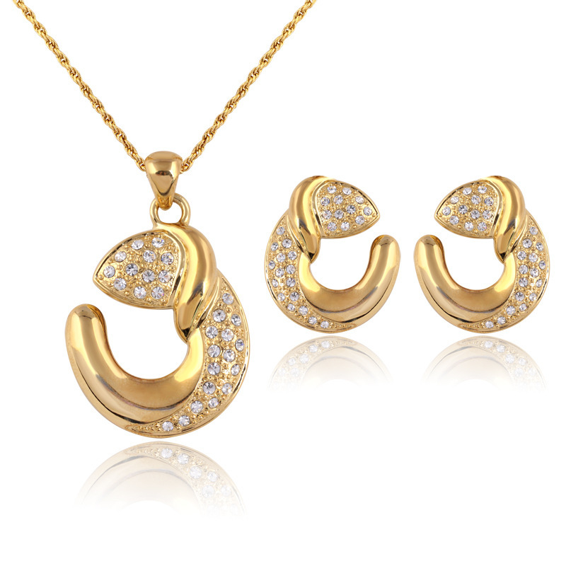 Free Shipping Latest 1set Unique C Letter Design 18k Gold Plated