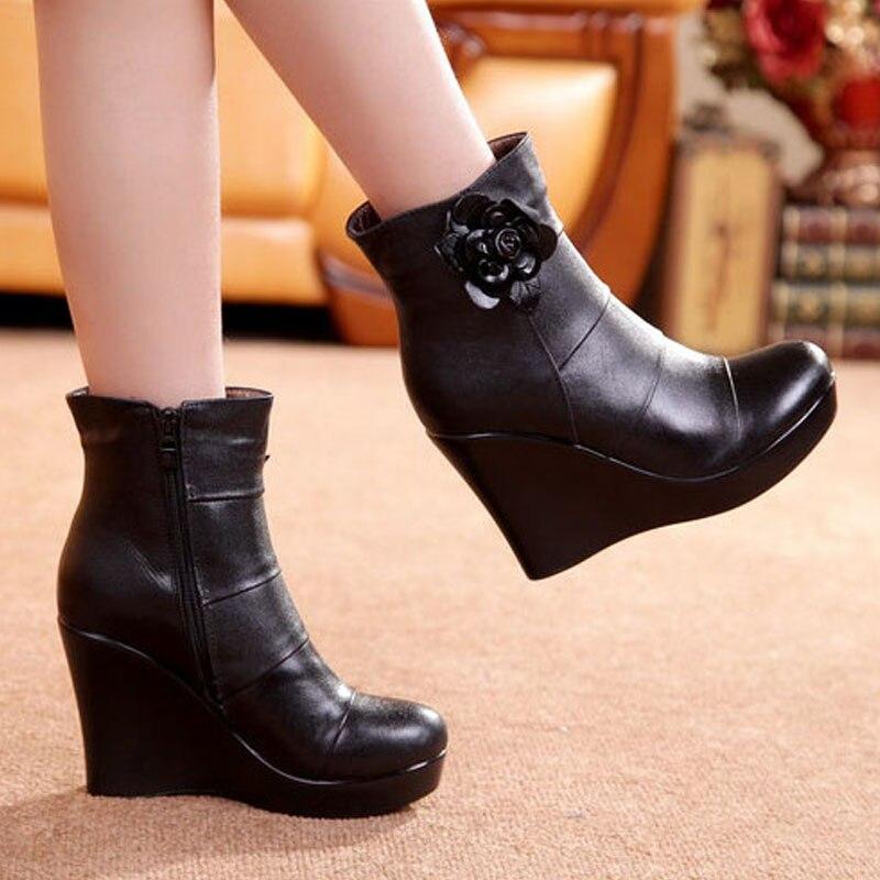 Image 4 - GKTINOO/2019 ботинки из натуральной кожи; сезон осень зима; женские ботильоны; женские ботинки на танкетке; женские ботинки; обувь на платформе-in Полусапожки from Обувь