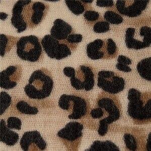 Image 5 - Darchrow leopardo impresso cachecol feminino inverno cobertor cachecol quente macio cashmere engrossar xales cachecóis para mulher senhora