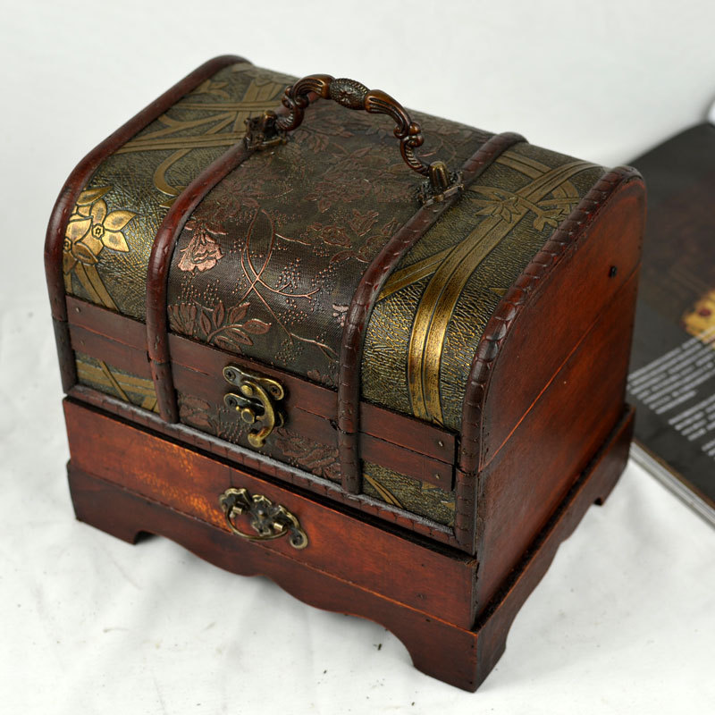Free shipping antique Chinese classical dressing jewelry box storage box retro wooden box treasure chest gift ... & gift hairdresser Picture - More Detailed Picture about Free ... Aboutintivar.Com