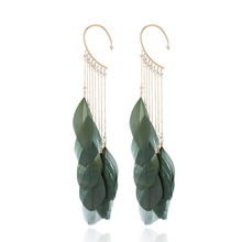 цена на Stylish, concise, high-quality for the women earrings, personality feathers Metal alloy fringed ladies'Earrings