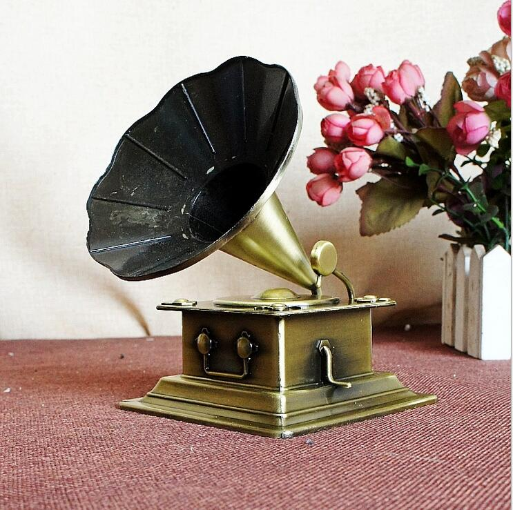 Phonograph ornaments retro model metal crafts bar home nostalgic vintage recorders audio props