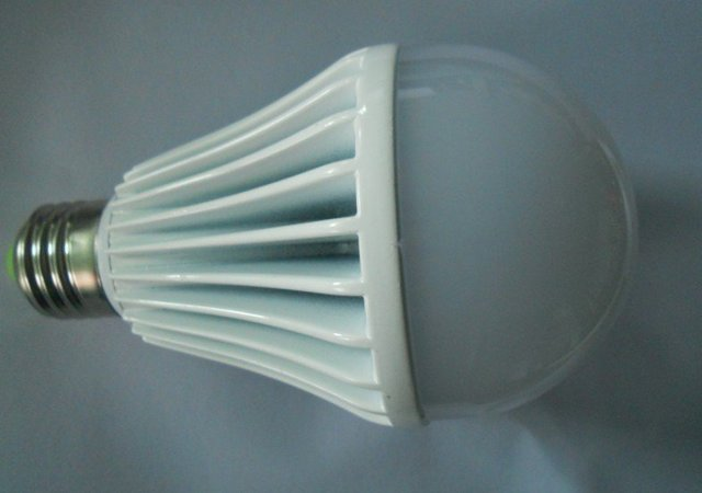 9*1W LED bulb,dimmable,900lm,AC90-260V input