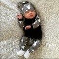 2017 de Moda de Nova roupa do bebê set camiseta de manga Longa + calça + chapéu 3 pcs terno do bebê Romper do bebê recém-nascido Da Criança da menina do menino roupas