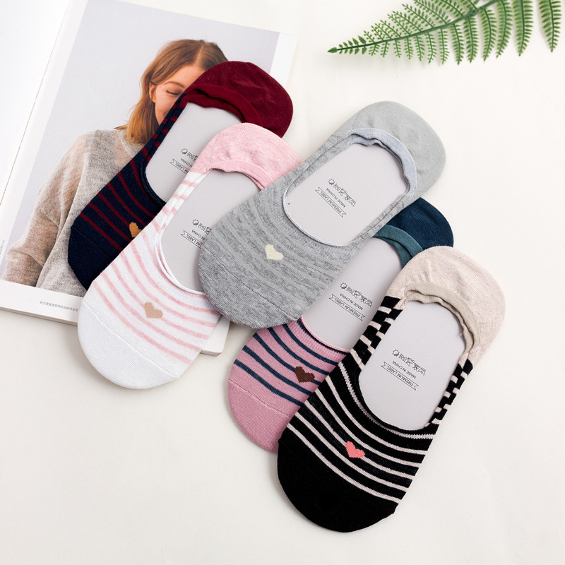 2018 New Product Woman   Socks   Spelling Stripe Love   Socks   Silica Gel Non-slip Boat   Socks   Low Help Shallow Mouth ws401 1pair=2pcs