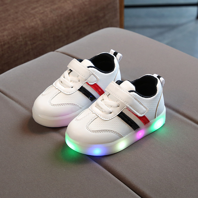 2018 Childrens Fashion Princess Shoes Baby Girls Sports Shoes For Children 1 To 5 Year Led Breathable Flower Sneakers Glowing Baby Shoes
