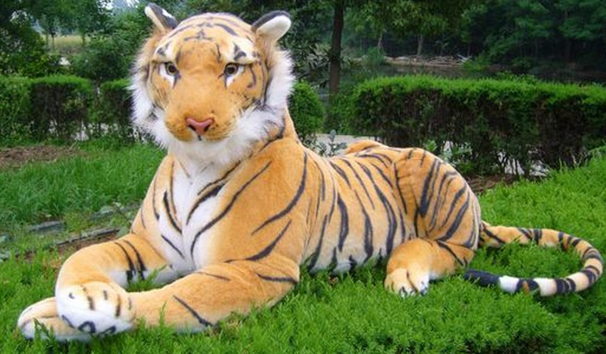 Free shipping The simulation tiger toy plush soft toy 130cm size big size Christmas gift Soft Stuffed Toy creative simulation plush soft fox naruto toy polyethylene