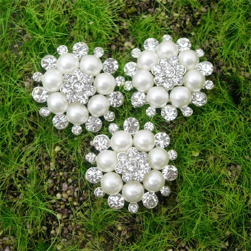 50pcs lot 28MM Classical Metal Rhinestone Button with Pearl Flower Cluster Hair Flower Center Wedding Embellishment