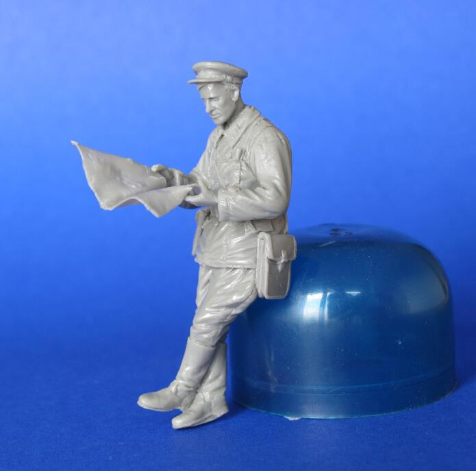 Assembly  Unpainted  Scale 1/35  Soviet Tank Stand  See Map   Figure Historical  Resin Model Miniature Kit