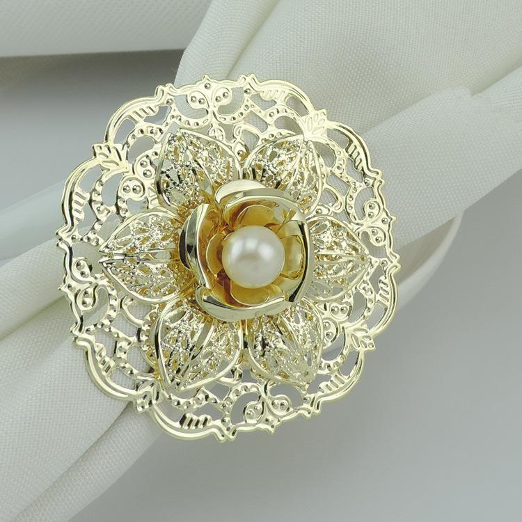 Fashion Gold Metal Flower Stili Anelli di tovagliolo Perle bianche - Cucina, sala da pranzo e bar