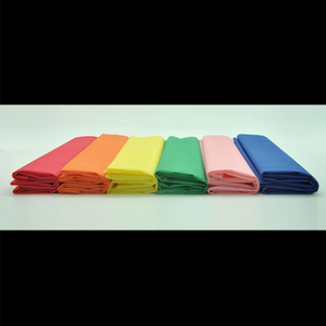Image 5 - Nappe de Table en plastique jetable, 137x183cm, décoration de fête, couleur unie, rouge, rose, Orange/bleu/jaune/vert, tissu imperméable