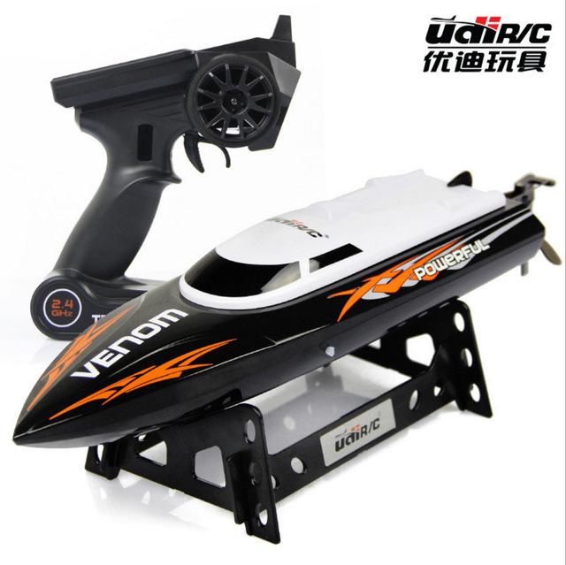 El nuevo 2.4G barco de control remoto, vela modelo juguetes de los niños, La simulación de lanchas rápidas, Regalos para los niños