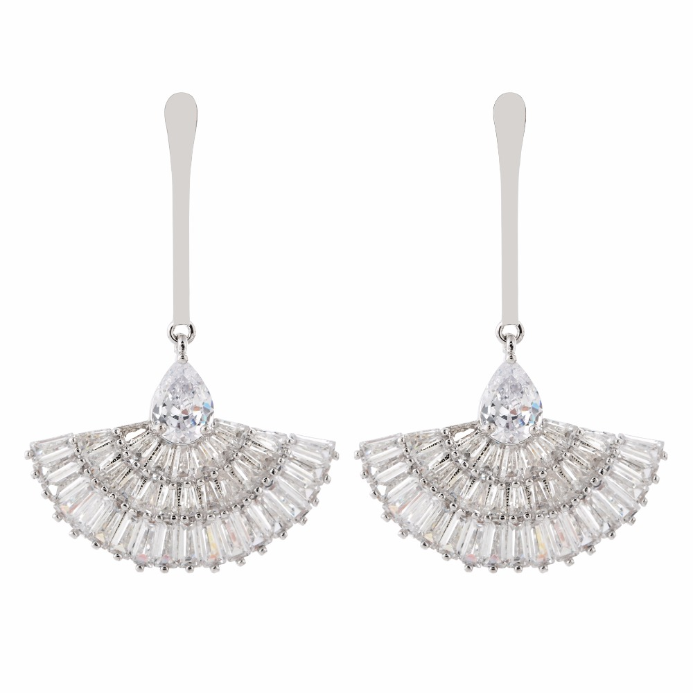 Luxury and luxury fan-shaped zircon earrings for women/girls.ER-219