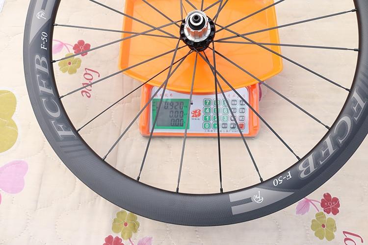 HTB1QVGEPpXXXXaWXFXXq6xXFXXXL - 2017 FCFB road carbon wheels 700C F50 carbon wheels with R36 hubs for Road Bike, 25mm width 3Kmatt Carbon Road clincher wheelset
