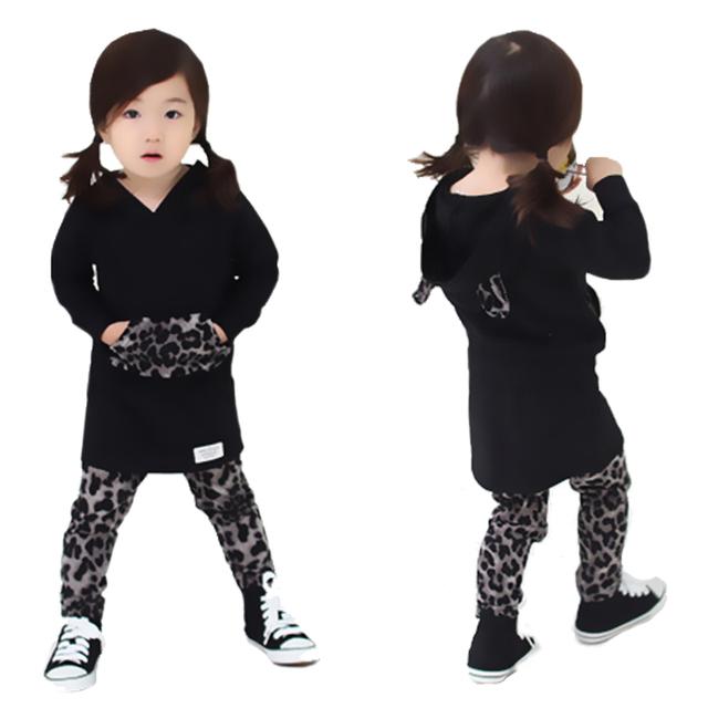 Nueva Ropa de Invierno Tres Sets Niños Leopard Sexy Imprimir Girls Set Kids Leopard de manga larga Con Capucha Pullover Falda Leggings