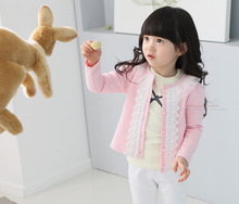 Venta caliente del envío gratis otoño muchachas del resorte del algodón prendas de vestir exteriores de la muchacha ocasional de encaje dulce o-cuello de los niños chaqueta rosada y azul marino