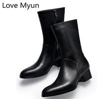 Осень зима новые мужские натуральная кожа сапоги Обувь на высоком каблуке Модные с острым носком на молнии внутри обувь с плюшевой подкладк