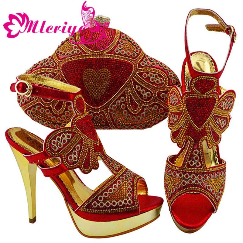 Belles chaussures italiennes et sac pour correspondre à des chaussures de couleur rouge avec sac ensemble chaussures nigérianes et sac assorti chaussures de mariage africaines