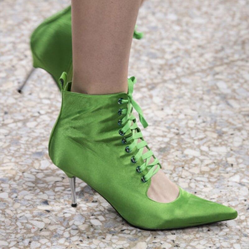 Ayakk.'ten Ayak Bileği Çizmeler'de Silla Cetveller 2019 pist metal ince topuklu yaz çizmeler kadın ipek perçin ayak bileği bağcığı çizmeler kadın sivri burun çatlak ayak botları'da  Grup 2