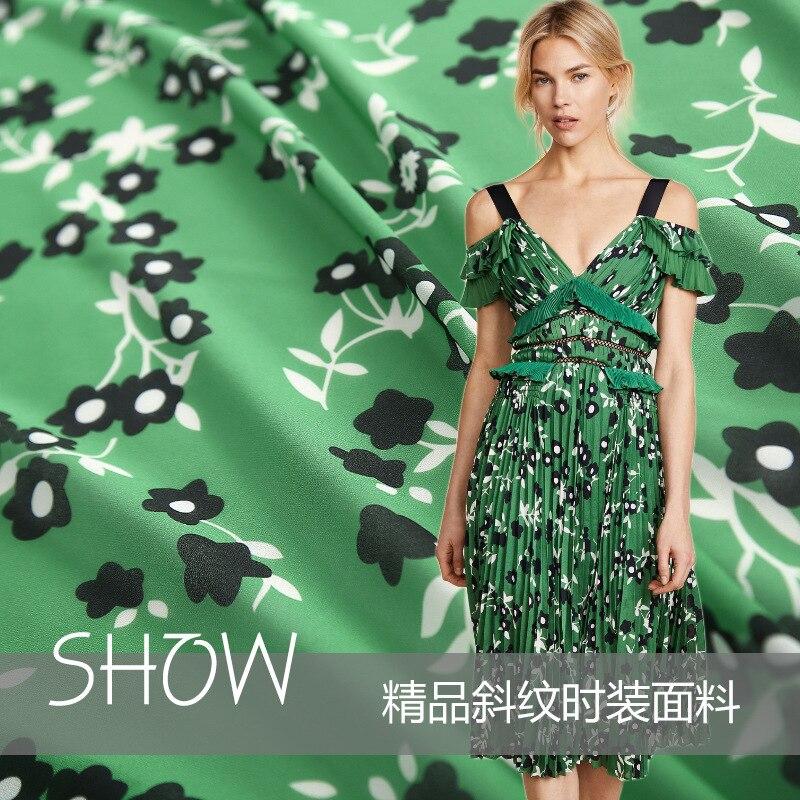 2018 new fashion catwalk green chiffon beads printed polyester chiffon fabric women's fabric processing custom 145cm wide