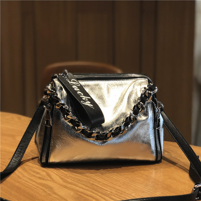 Ms. Europe and the United States fashion leather tide bag The first layer of leather letters handbag Fashion chain Shoulder Mess europe and the united states style first layer of leather lychee handbag fashion retro large capacity solid business travel bus