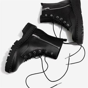 Image 4 - بوساك الدانتيل يصل المسامير مارتن الأحذية النساء جولة تو حذاء من الجلد للنساء قصيرة أفخم الشتاء أحذية النساء بوتاس Mujer swi0212