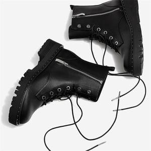 Image 4 - Boussac 레이스 업 리벳 마틴 부츠 여성 라운드 발가락 앵클 부츠 여성용 짧은 봉제 겨울 신발 여성용 botas mujer swe0212