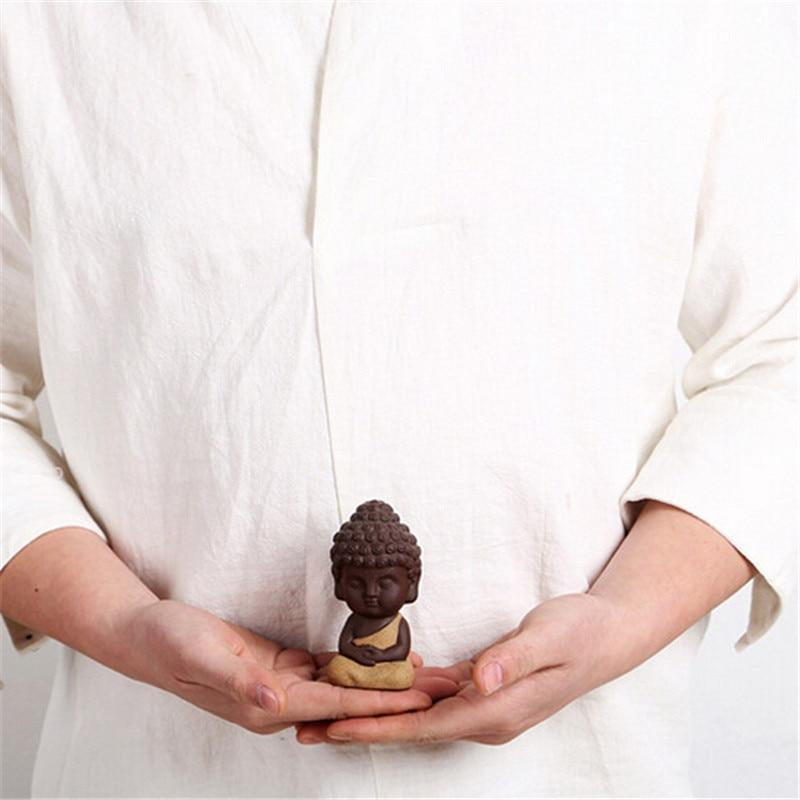 Kis Buddha szobor Szerzetes figura India Mandala Tea Kerámiaipar Otthon Dekoratív díszek Miniatúrák P17