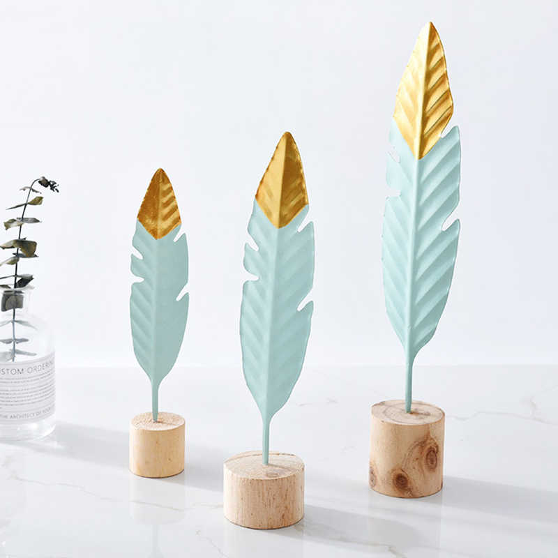 Modern Iron Feather Wooden Base Decorations Simple Miniature Figurines for Living Room Table Office Home Decoration Accessories