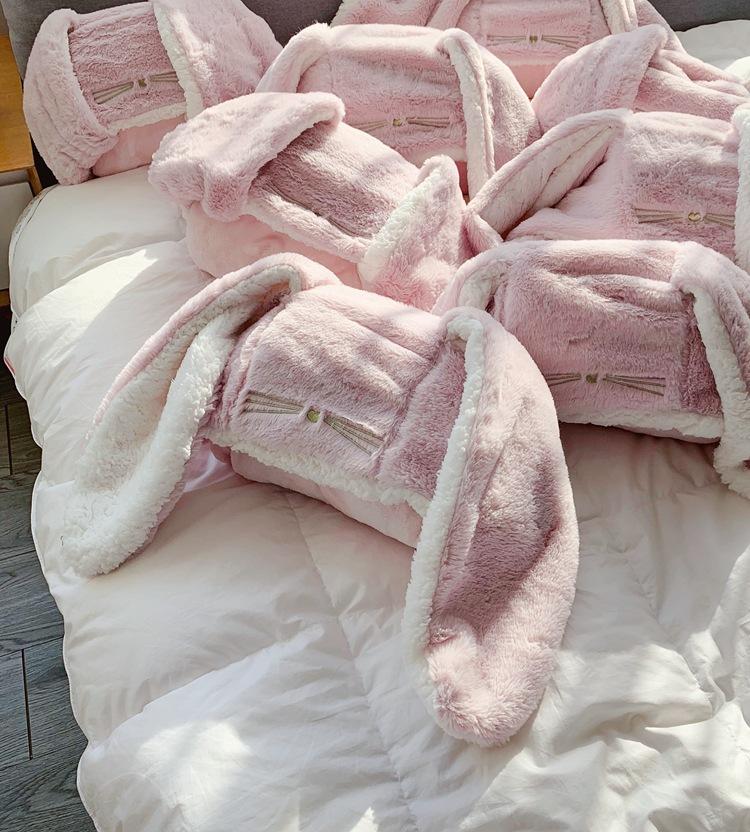 Cute Pink Comfy Blanket Sweatshirt Winter Warm Adults and Children Rabbit Ear Hooded Fleece Blanket Sleepwear Huge Bed Blankets 140
