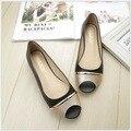 Плоские удобные мягкие донных рыб рот сандалии женщин моды джокер нескользящей пип-носок обуви большой ярдов женская обувь 41-43