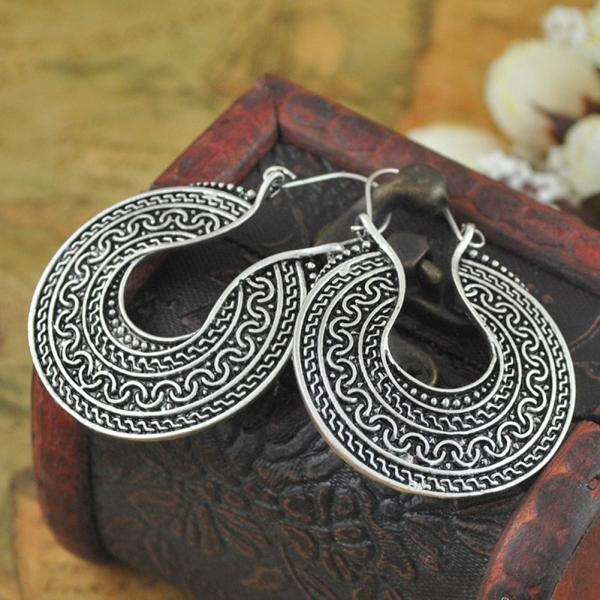 Vintage Retro Carved Round Hoop Earrings For Women Fashion Jewelry Ethnic Miao Tibet Silver Front Side Carve Circle Hoop Earring in Hoop Earrings from Jewelry Accessories