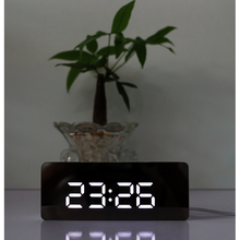 Clear mirror face led digital alarm clock snooze bedside clocks desk clock with temperature display USB powered