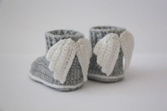 Crochet baby booties 49f49adef