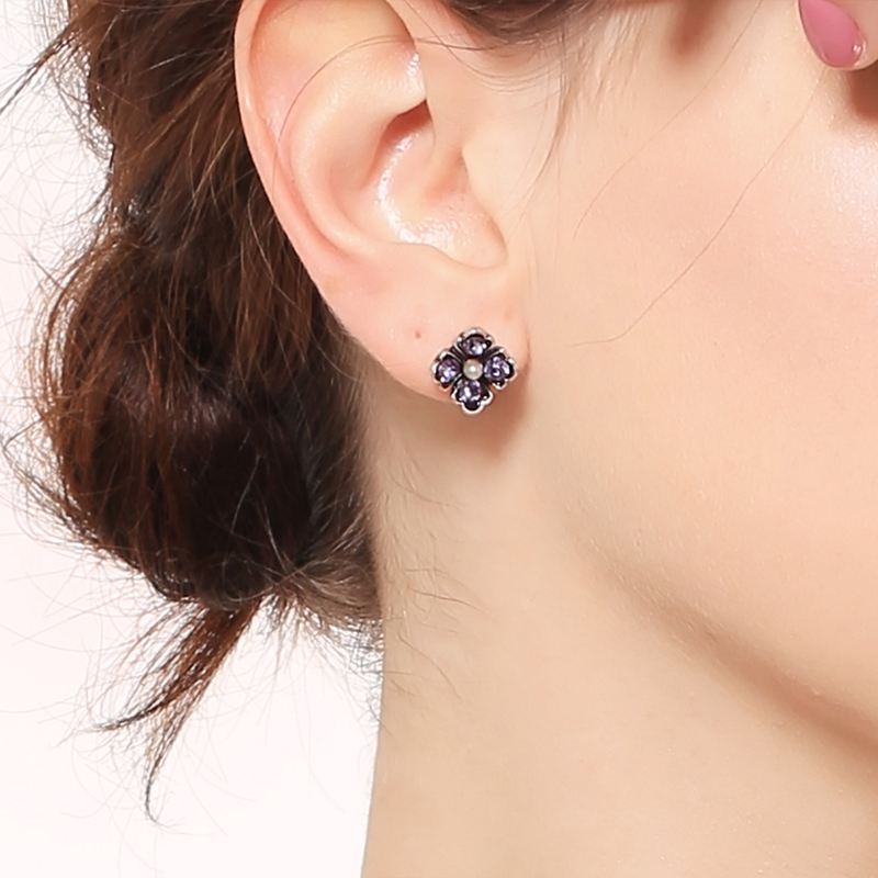 OL Style Concise Fashionable Crystal Flower Stud Earrings Delicate Shimmer Ethereal Caucal 2018 Jewelry Making Accessories