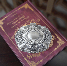 Nueva Llegada de La Vendimia Clásica Talla Oval Anillo cajas de Novia de La Boda Dulce caja De Metal joya anillo de cajas de Regalo del día de San Valentín regalo