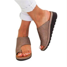 Открытый Для женщин удобные платформы Босоножки ноги правильно утолщенной Street из искусственной кожи для свиданий, шопинга плоской подошве сандалии