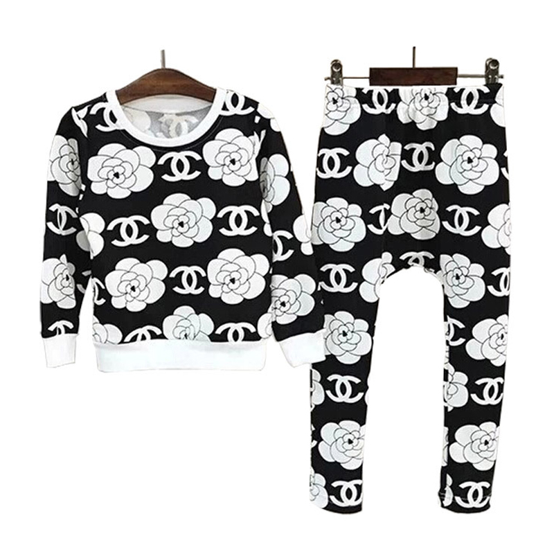 2017 New Autumn children girls clothing sets fashion big flower sleeved Tee shirts +harem pants clothes sets for boys new boys girls clothing set autumn children suit long sleeved fashion shirts coats pants for christmas gift kids dress clothes