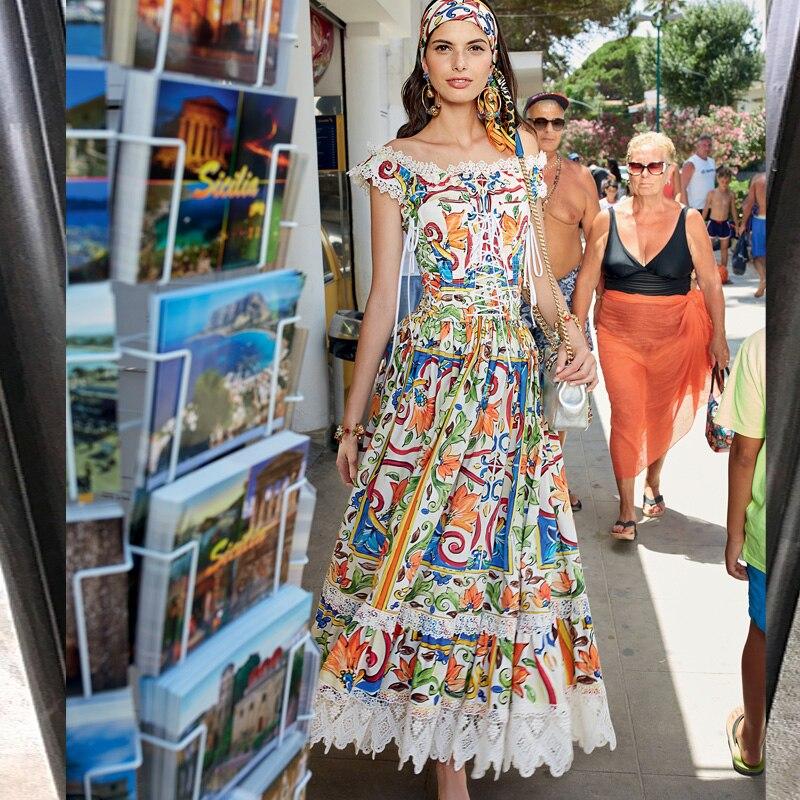 Богемный пляж цветочные печатных Макси платье 2018 Для женщин летние пикантные взлетно посадочной полосы с открытыми плечами кружева лоскут