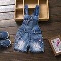 2016 año Primavera Autu niños de jeans en general ropa de dril de algodón del mono del bebé recién nacido para el niño/niñas infantiles pantalones del babero