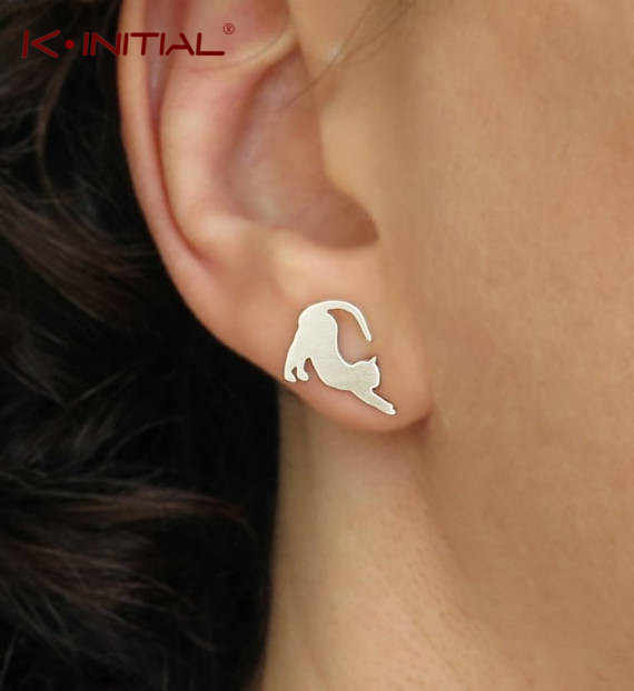 Kinitial Cartoon Cute Gold Silver Naughty Cat Stud Earrings For Women Kitty Cat Korean Earrings 2019 Christmas Earrings Bijoux